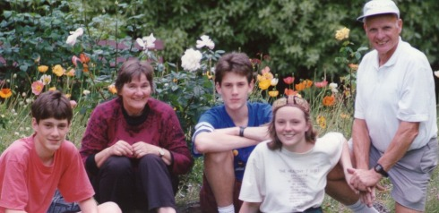 Peter with Caroline, Uta, Troy and Ryan in September 1993 in the park at Moss Vale Station