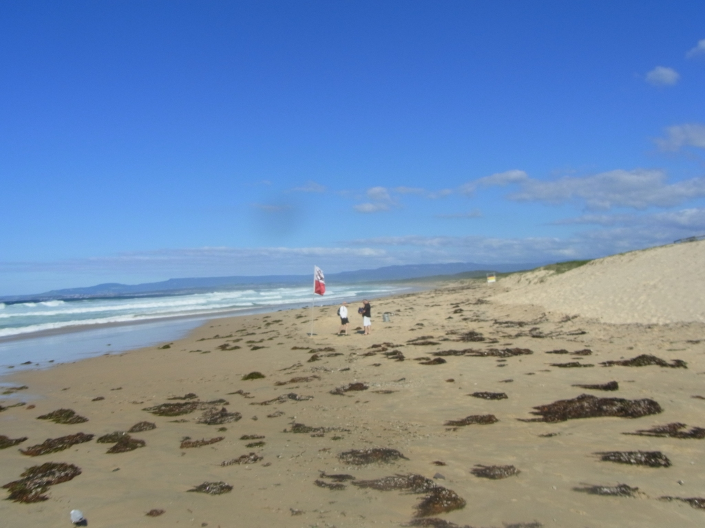 Port Kembla Beach was deserted on Easter Saturday Morning.