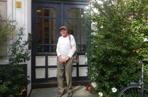 Peter in Bozener Strasse, the street where I grew up!