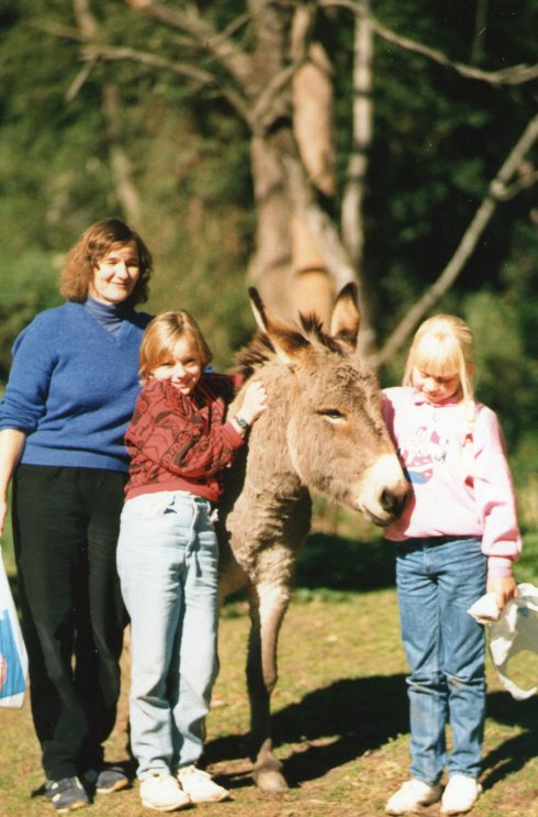 Some time in June 1987 we went with Caroline and her friend Amy to the Nowra Animal Park.