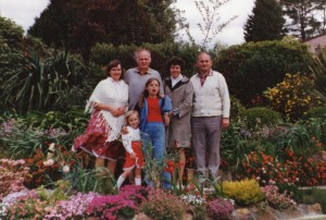 Bowral 1982: Ellen with her parents and Caroline with us, her parents.