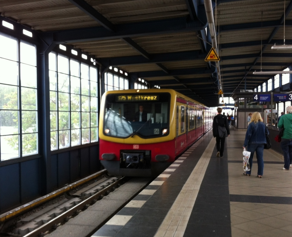 An interurban train (S-Bahn) arriving at Sudkreuz Station