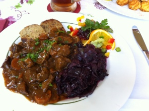 Red cabbage, rouladen (meat-rolls) and dumplings