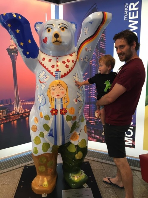 Ryan with Alexander touching a Berlin Bear